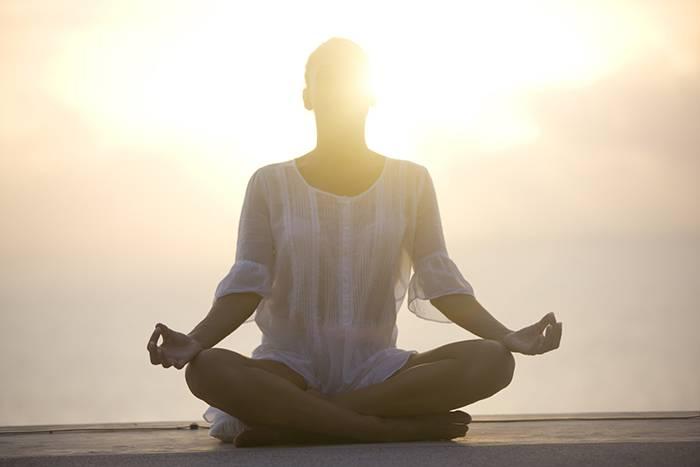 Медитация на женственность, кому она подходит и как ее выполнять