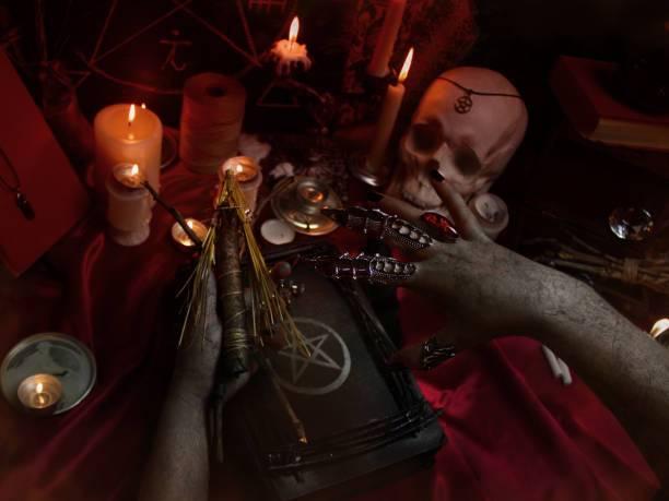 Черная магия с вуду: особенности и правила сильных  черных  вуду ритуалов