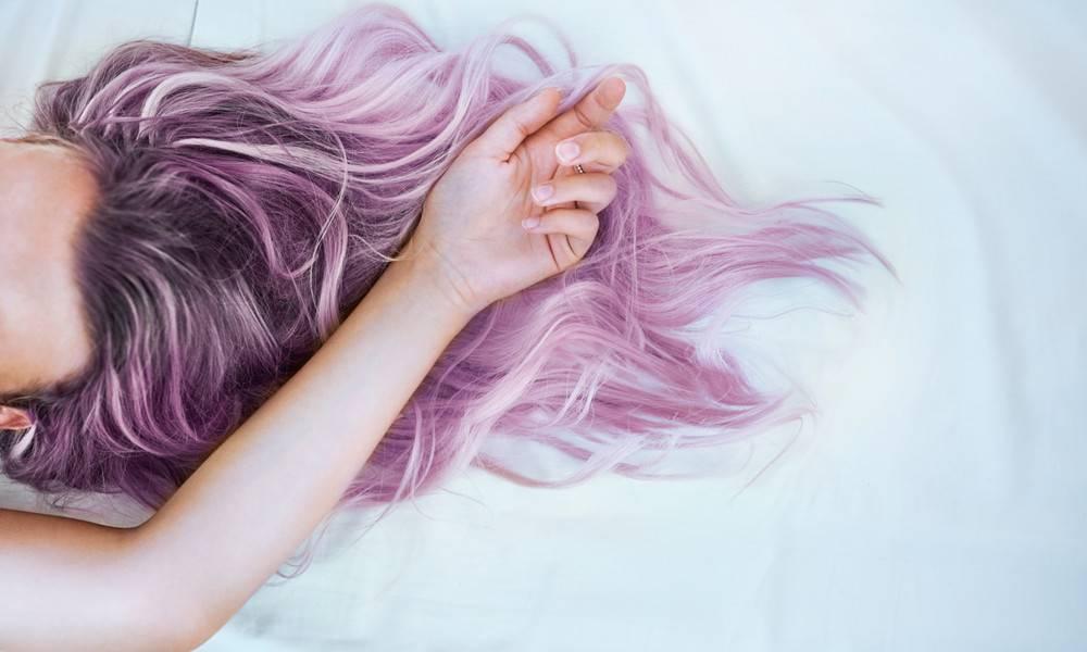 Мыть очень длинные волосы