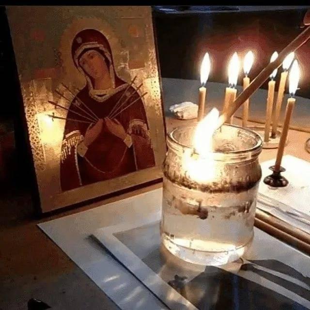 Старинная молитва от порчи и сглаза, заговор-оберег
