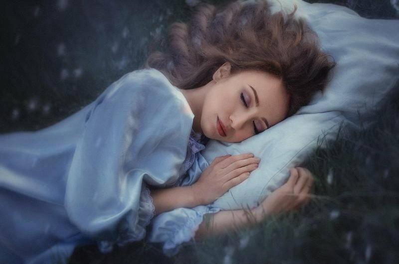 Сонник усы у женщины или у девушки видеть во сне к чему снится?