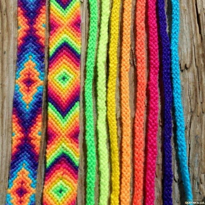 Фенечки из ниток пошагово своими руками: схемы плетения для начинающих с фото обзором лучших идей