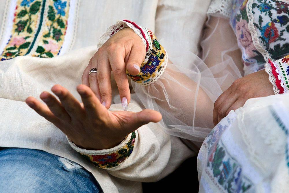 Сватовство: как правильно провести обряд, традиции и обычаи в древности и в современности