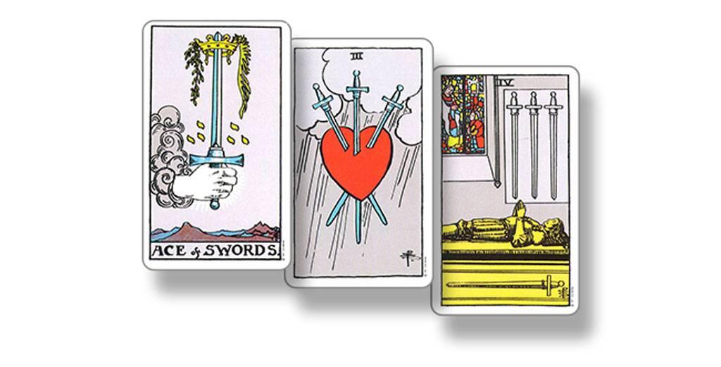 4 пентаклей таро: значение в отношениях, работе, любви