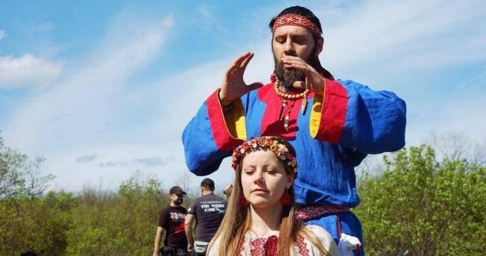 Обряд имянаречения у славян, мусульман и татар — древние и современные традиции