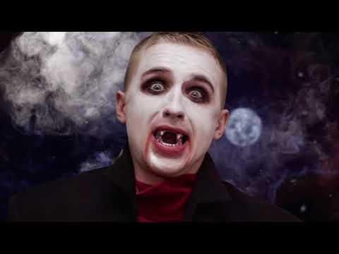 Как становятся вампиром в реальной жизни