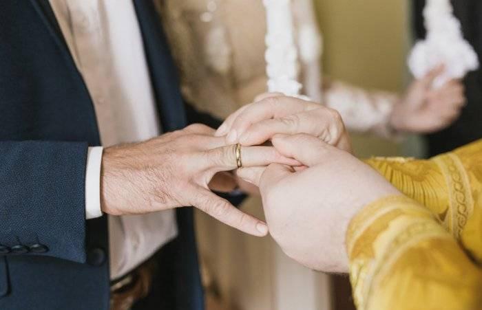 Потеря обручального кольца мужем: приметы. муж потерял обручальное кольцо: к чему это