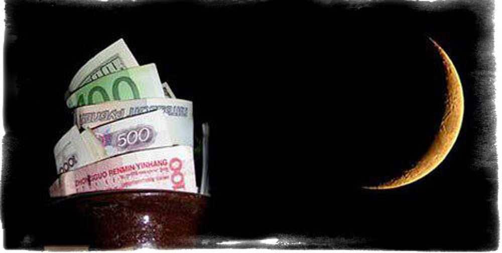 Заговор на деньги в новолуние: читать в домашних условиях, самые сильные