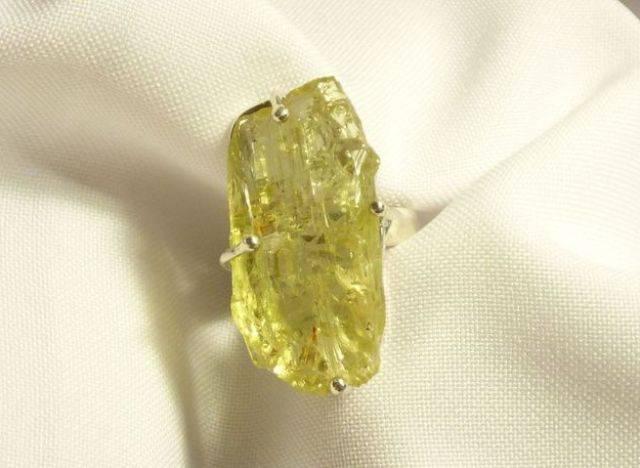 «полу» и «полно» драгоценные камни. бериллы. часть 6. зеленые, желтые и розовые бериллы