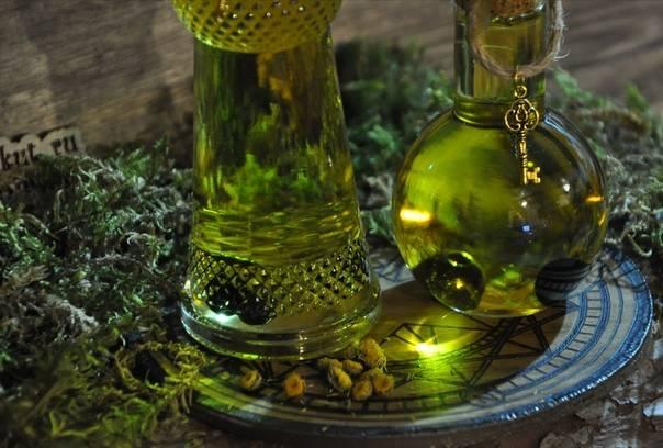 Древняя магия эфирных масел и базовых масел для защиты, удачи, любви, богатства - ароматерапия