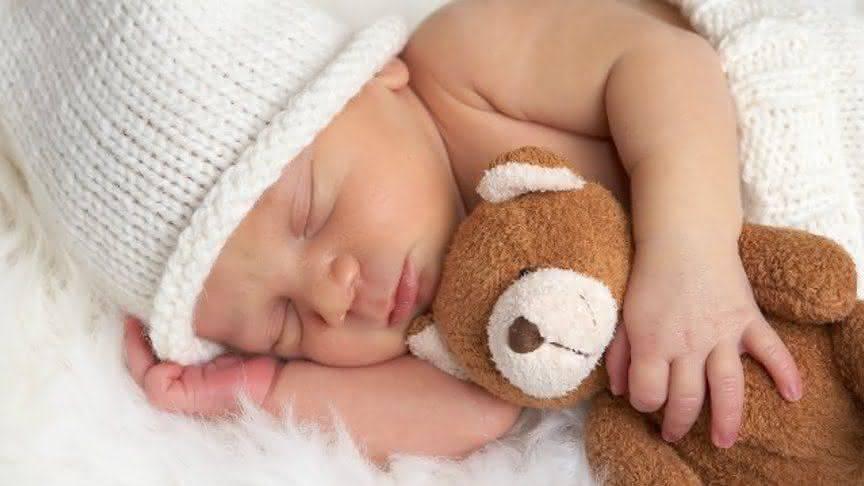 К чему снится младенец женщине или мужчине - толкование сна по сонникам