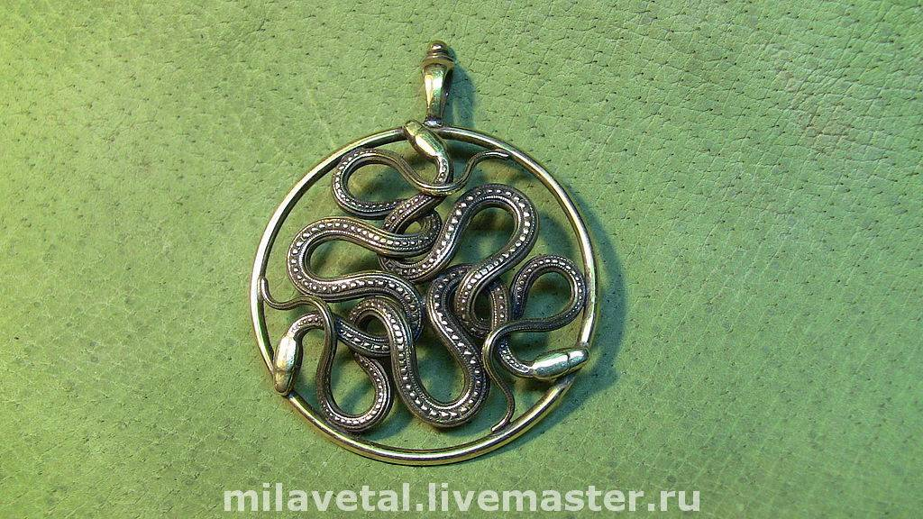 Чертог змея в гороскопе древних славян: описание и значение, характеристика людей