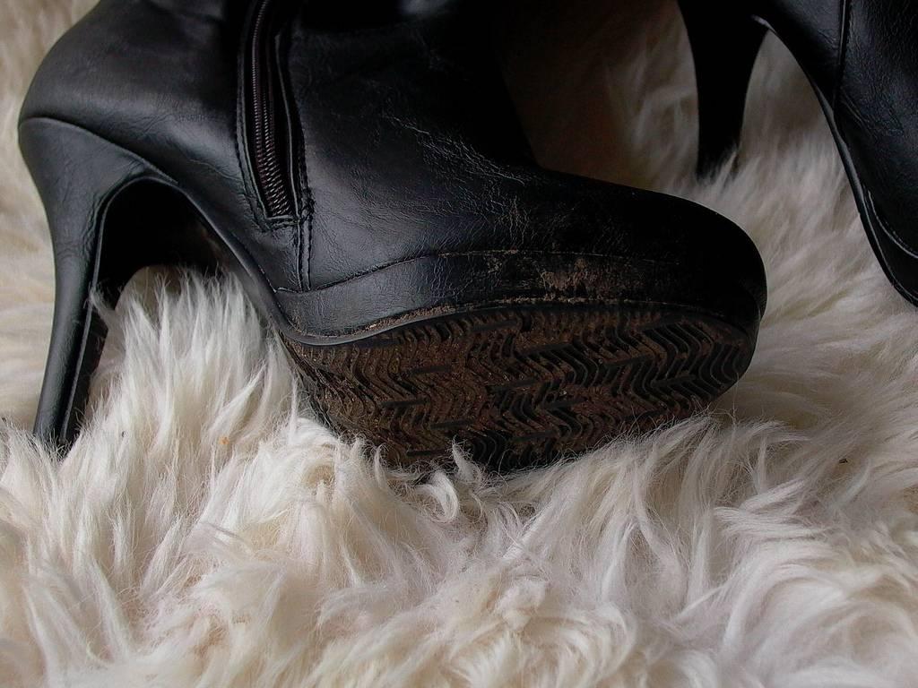 К чему снится обувь во сне для женщины: новая, белая, грязная