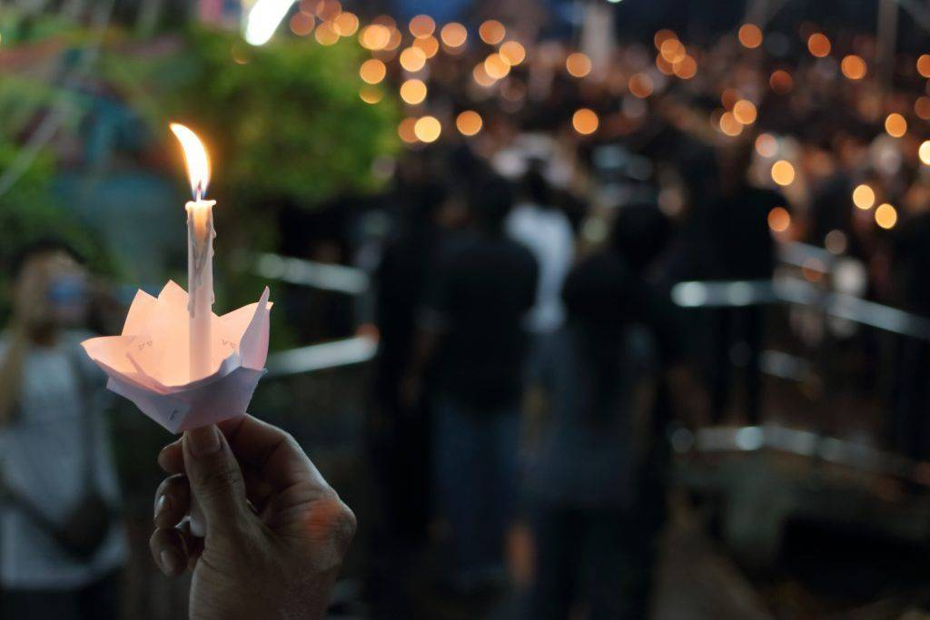 Все приметы о похоронах: запреты и обязательные обычаи