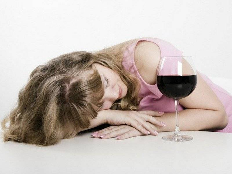 Как трактовать сон про пьяного себя — 40 значений