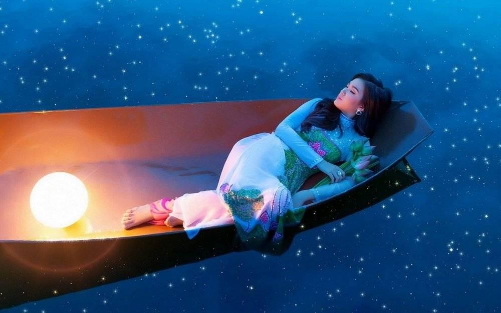 Привиделось родить женщине во сне: расшифровки сонников