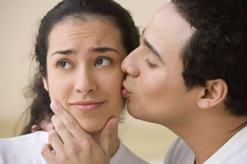 Что означает поцелуй в щеку во сне ? — толкования по 31 соннику ❗: к чему снится мужчине и женщине целовать в щечку друга, родственника, покойника либо коллегу