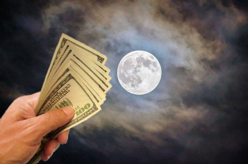 Заговор на деньги: полнолуние и суперлуние, отзывы