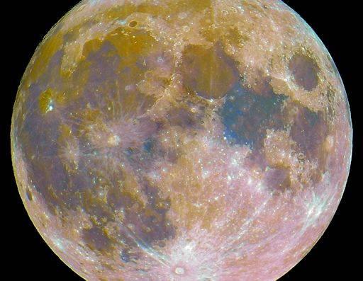 Тайна красной луны: почему так происходит и что означает это явление | cryptos.tv