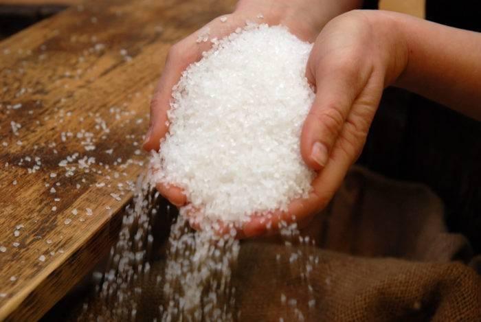 """Что означает примета """"рассыпать сахар"""" :: syl.ru"""