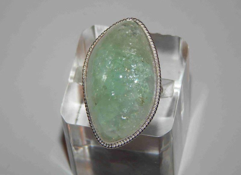 Берилл (47 фото): свойства и разновидности драгоценного камня, кому подходит зеленый изумруд, чей по гороскопу
