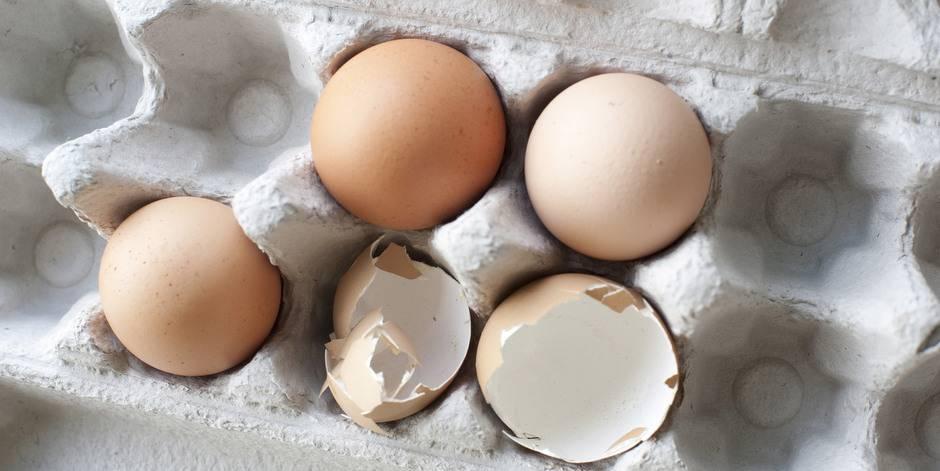 К чему снятся тухлые яйца: толкование по сонникам
