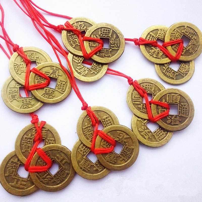 Амулет монета: для привлечения денег, как сделать самому, неразменная, китайская, счастливая, на удачу