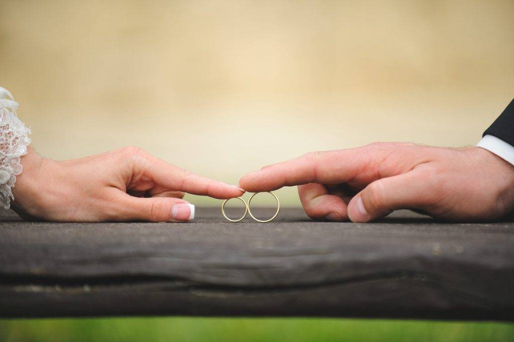 Приметы любви — как не упустить птицу счастья из рук