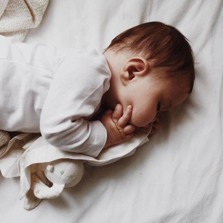 Сонник младенец девочка кормить. к чему снится младенец девочка кормить видеть во сне - сонник дома солнца