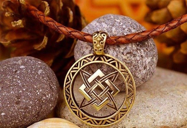 Славянский оберег звезда руси или квадрат сварога: значение для женщин и мужчин