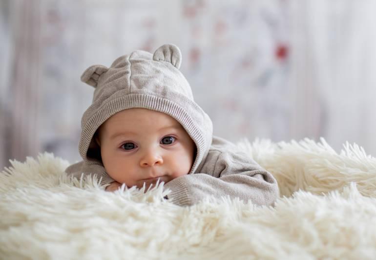 Как назвать ребенка, родившегося в разные времена года