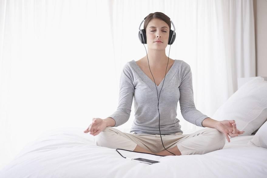 Дышите глубже: что нужно знать о медитации — wonderzine