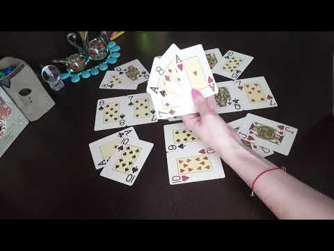 Гадание на игральных картах на короля: погадать что делает, о чем думает?