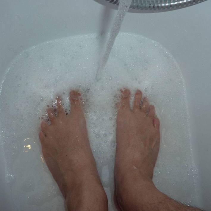 Сонник мыть ноги в тазу с грязной водой. к чему снится мыть ноги в тазу с грязной водой видеть во сне - сонник дома солнца