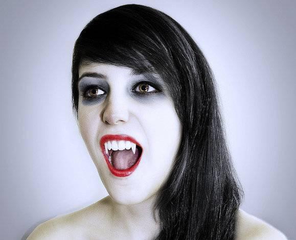 Как самостоятельно стать реальным вампиром в домашних условиях     управление судьбой