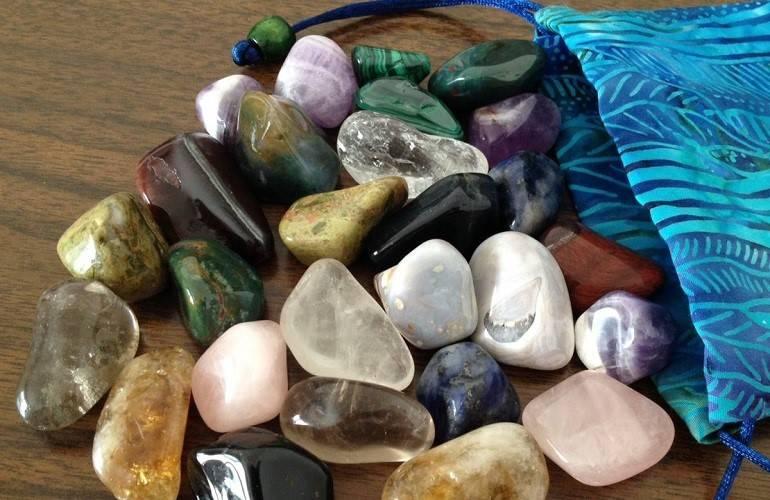 Драгоценные камни по знакам зодиака: как узнать свой магический камень по дате рождения
