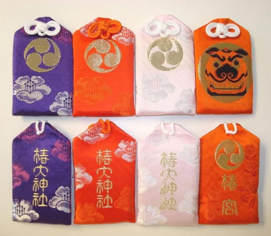 Японские амулеты: разбираемся в видах омамори.