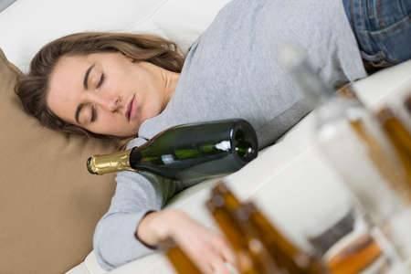 Сонник пьяная бывшая девушка. к чему снится пьяная бывшая девушка видеть во сне - сонник дома солнца