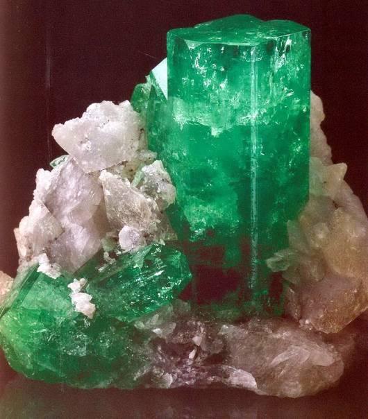 Драгоценные камни: берилл. магические свойства берилла. украшения с камнем :: syl.ru