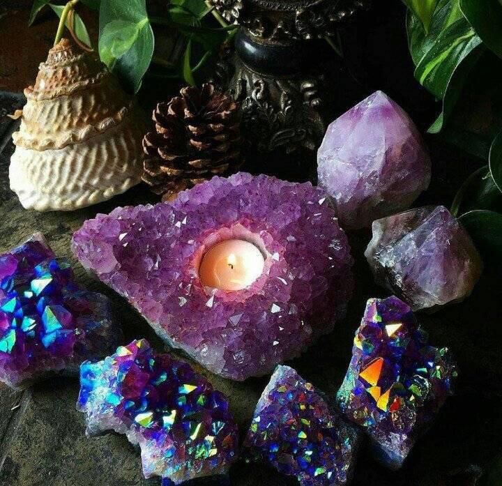 Камни по знаку зодиака: значение и распределение минералов по гороскопу