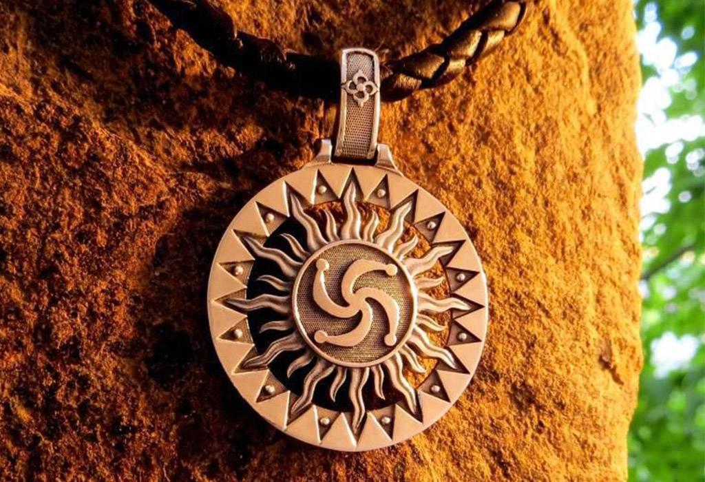 Славянский символ рода: значение и происхождение знака бога рода
