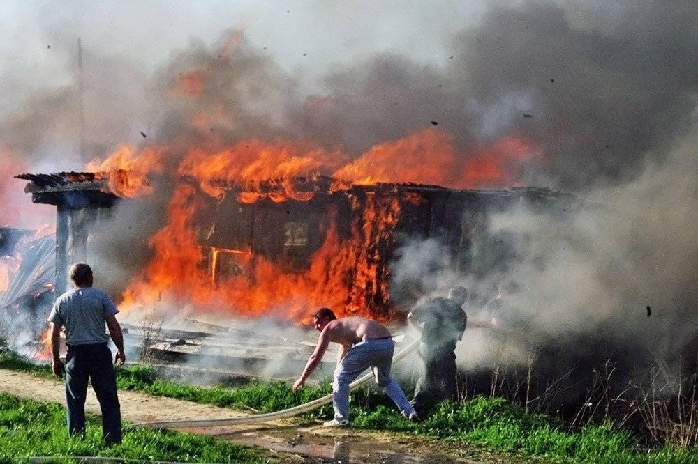 Видеть во сне пожар: толкование по 55 сонникам