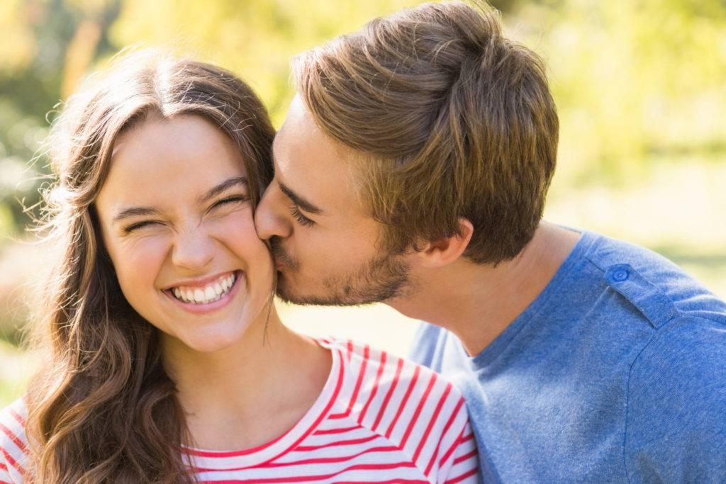 Сонник целовать мужчину в щёку. к чему снится целовать мужчину в щёку видеть во сне - сонник дома солнца