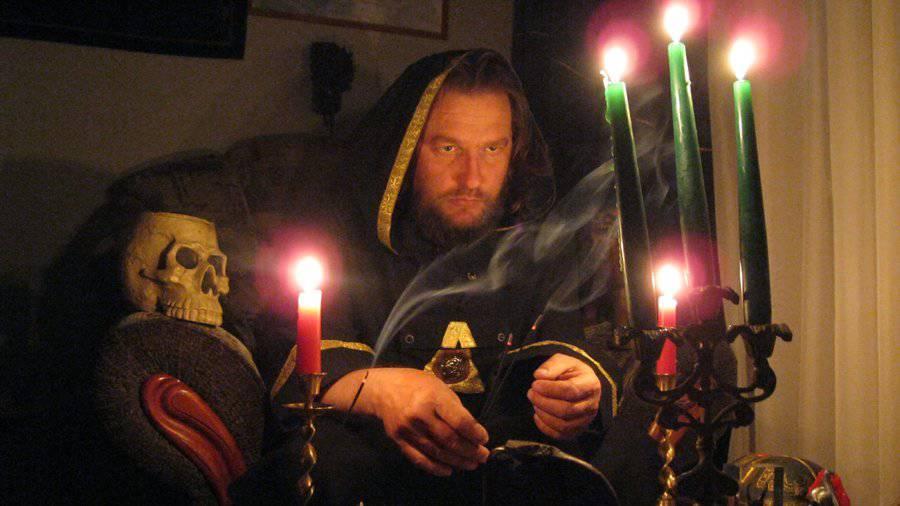 «Проверенные маги» или шарлатаны – колдун Аморай