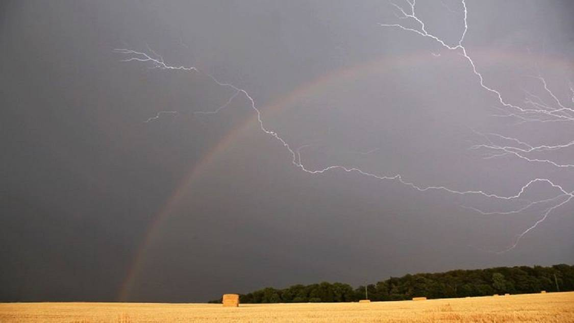 Погодные приметы по солнцу, луне, облаках, ветру, росе, туману, цвету неба