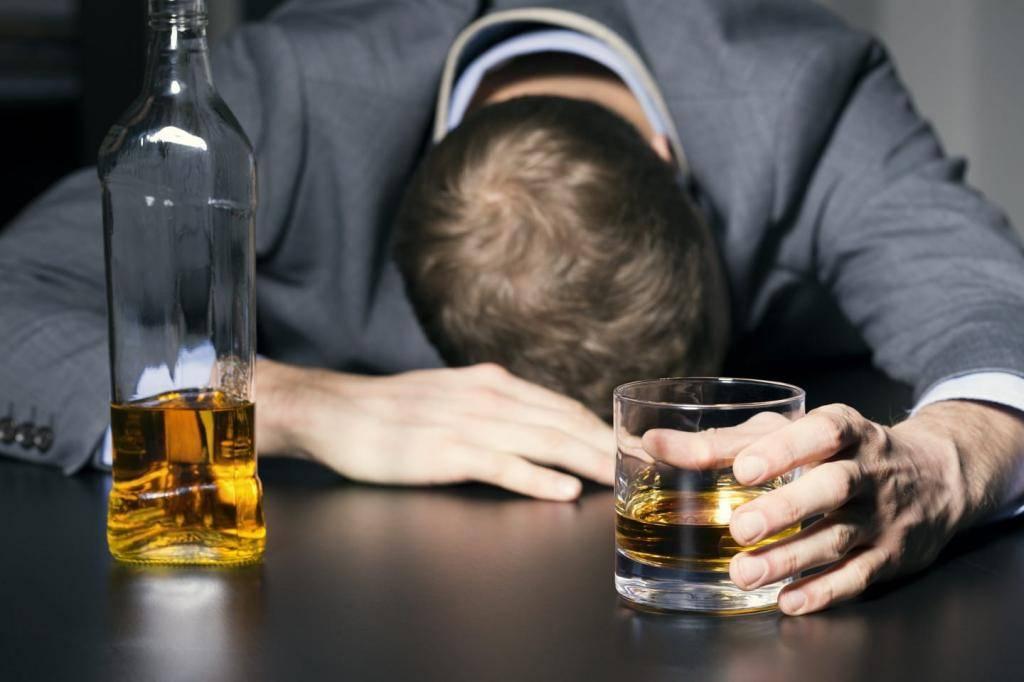 С чего начать лечение алкоголизма