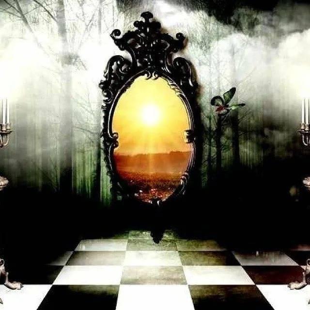 Главное святочное гадание: гадание с зеркалом на святки
