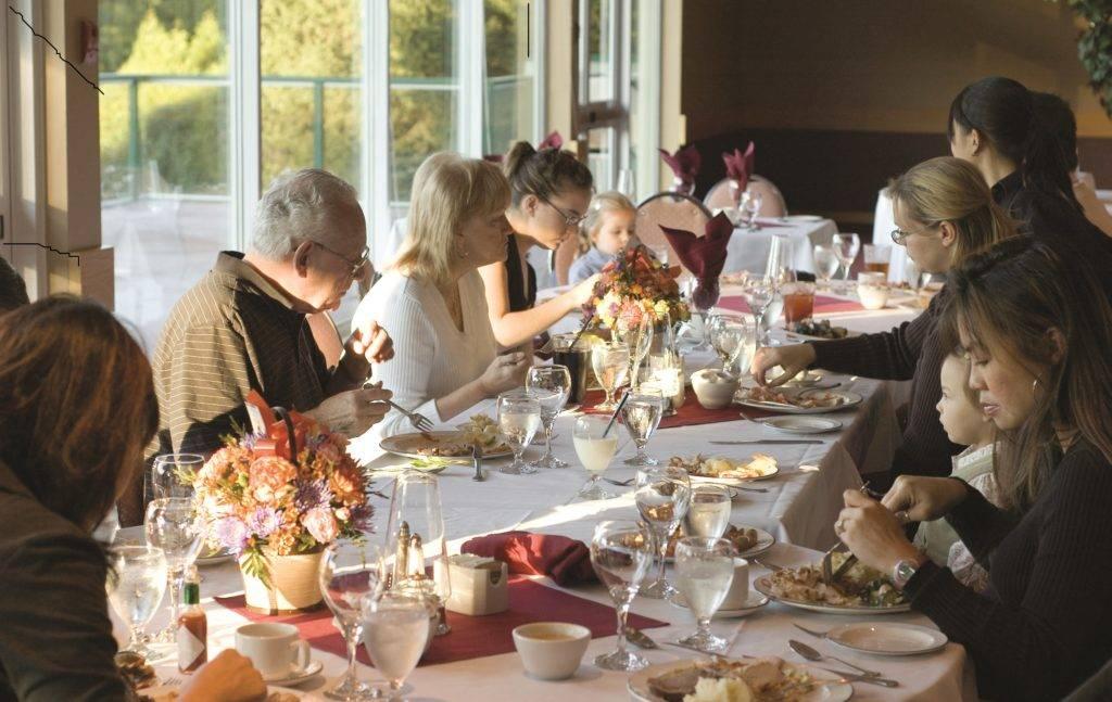 К чему снится застолье: свадьба, праздник или поминки? основные толкования: к чему снится застолье, чего ждать - автор екатерина данилова - журнал женское мнение