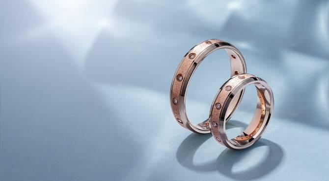 Можно ли носить обручальное кольцо до свадьбы - приметы
