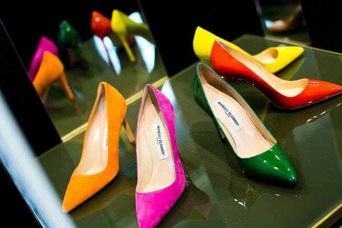 К чему снятся туфли по соннику? видеть во сне туфли  - толкование снов.